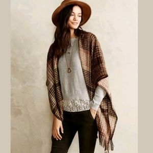 Angel of The North Lace Elbow Patch Shirttail Top